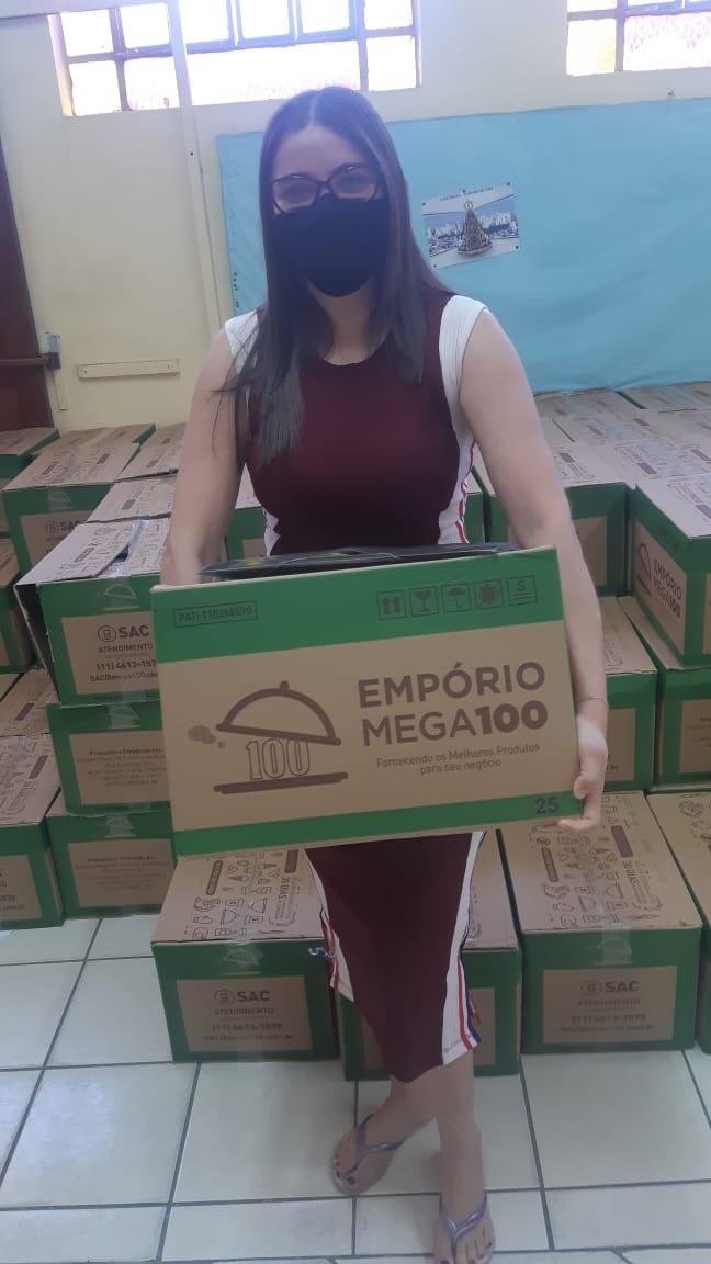 Foto_Entrega_Cestas_ElisaMaria_Junho_2020_47