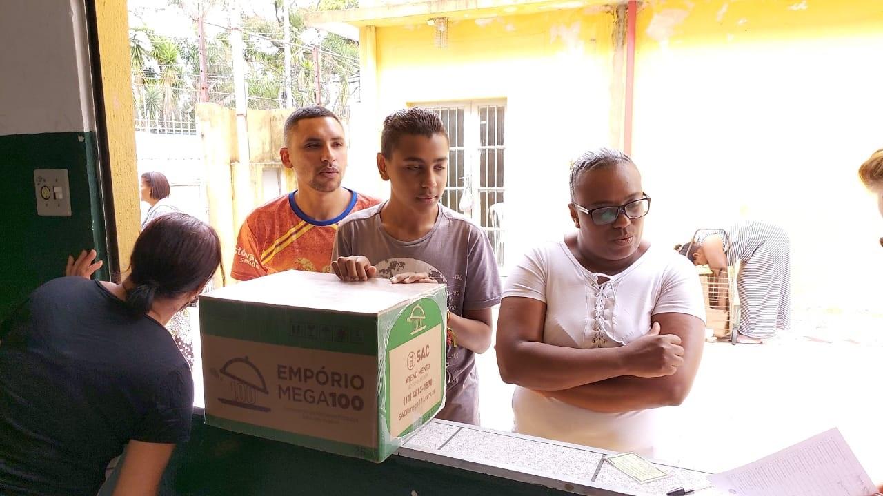 Foto_Entrega_CoraçãoAmigo_2